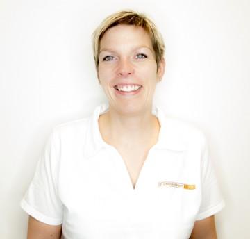 Dr. med. dent. Isabel Simon