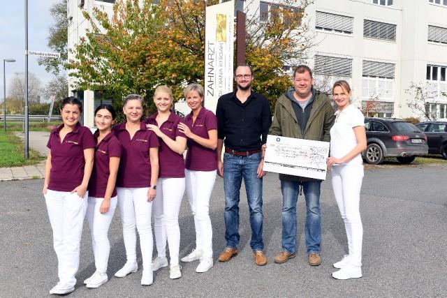 Spendenaktion 2017 - 17.10.26.Spende-Praxis-Krigar-hen1424Kopie